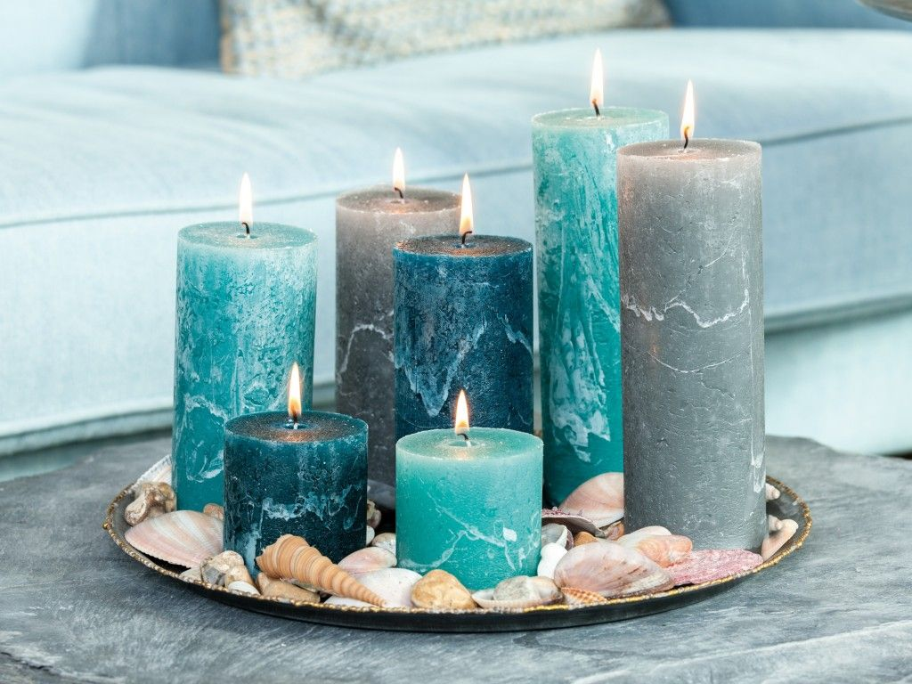 Grand bleu sur la déco | Candles / Candle Holders | Salon ...
